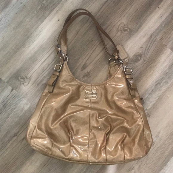 Coach Handbags - ✨ Coach Madison Maggie Patent Leather